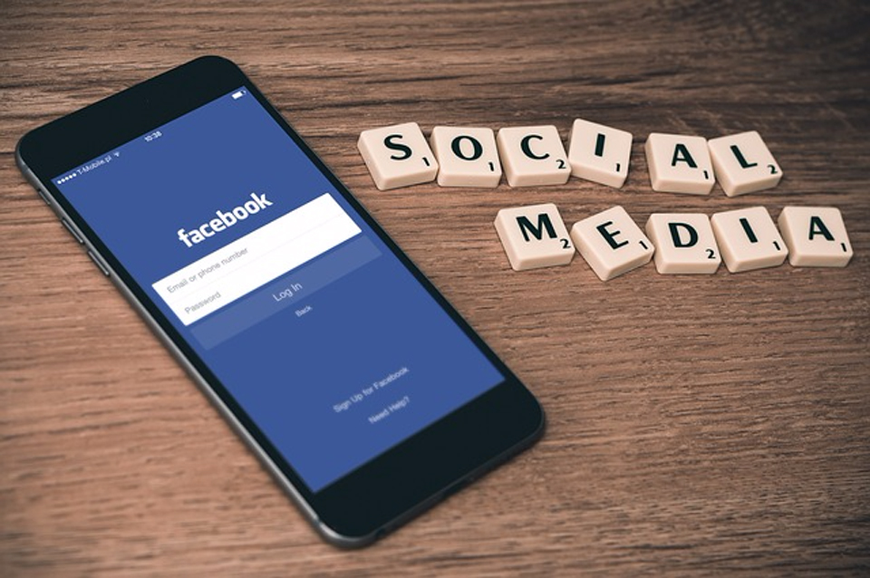 How-to-Use-Social-Media-As-Your-Marketing-Tool-for-Hair-Academies