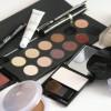 Benefits-of-being-a-Makeup-Artist-Play-Academy