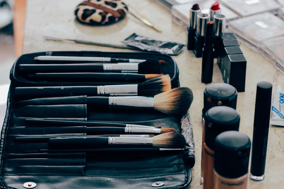 play-academy-makeup-kit-for-stylists