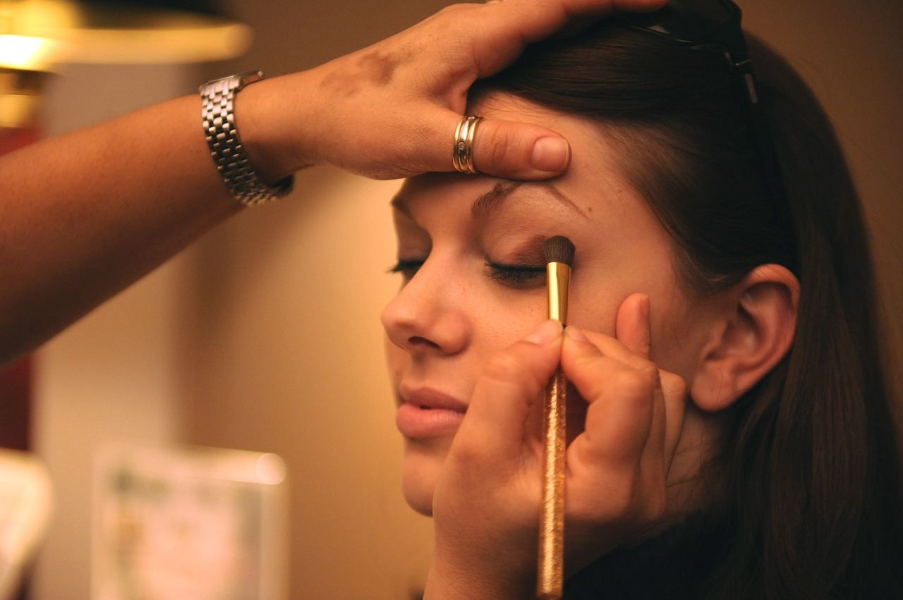 The-Beauty-Industry- Explore-a-new-career-Play-Academy